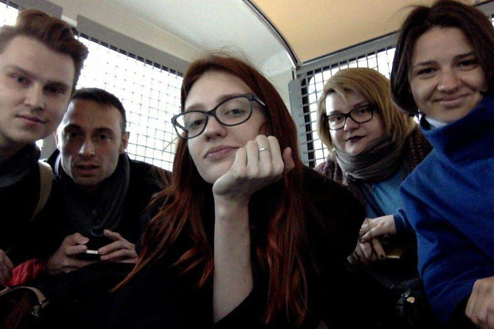 Задержанные активисты вавтозаке. Фото: Валентина Дехтяренко