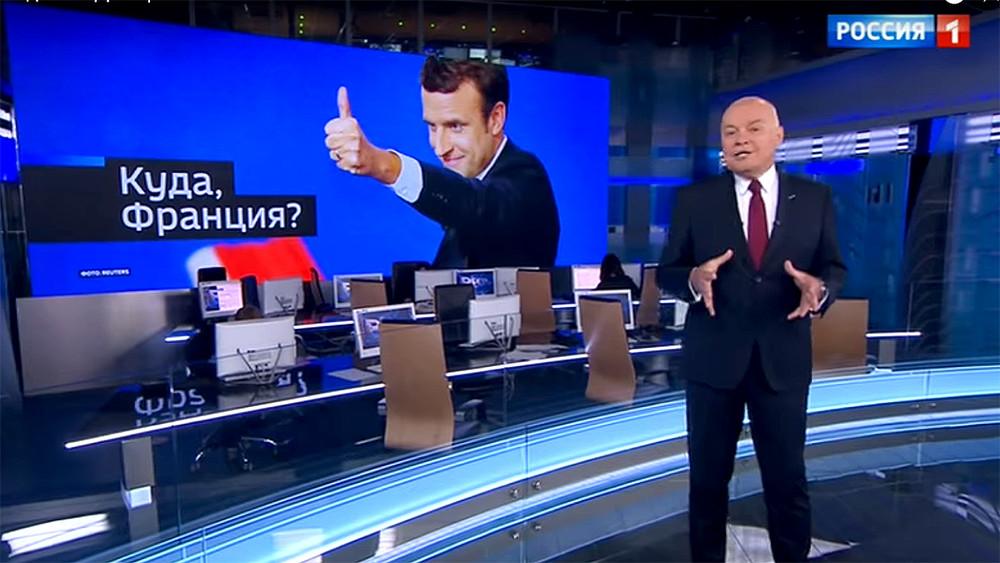 Путин играл двумя руками. Что в«Вестях недели» говорили ореновации, Макроне иперемещениях Путина помиру