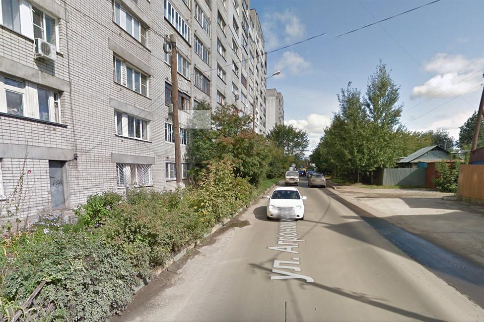 Улица Агрономическая идом, вкотором жил Бориц Немцов (слева), Нижний Новгород. Фото: google maps