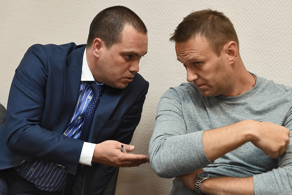 Адвокат Навального: «Заневыполнение плана следователей ругать неперестанут»