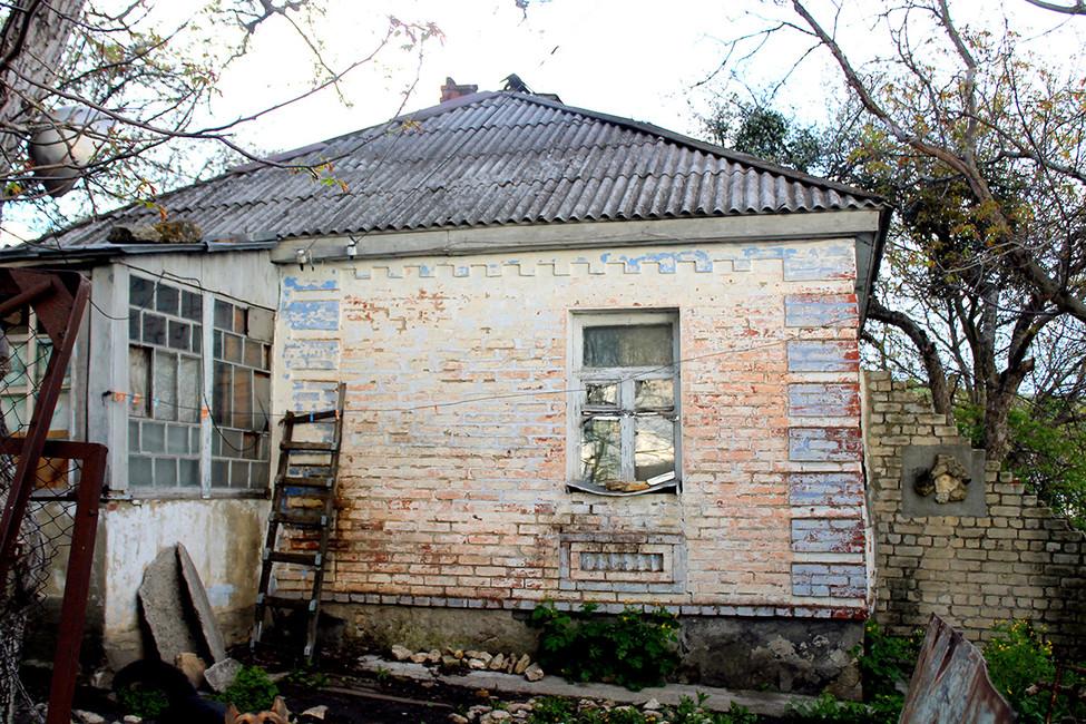 Бывший ГУЛАГовский лазарет, атеперь дом Сергея. Фото: Лариса Бахмацкая