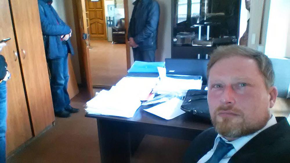 Вофисе заместителя председателя движения «Открытая Россия» проходит обыск