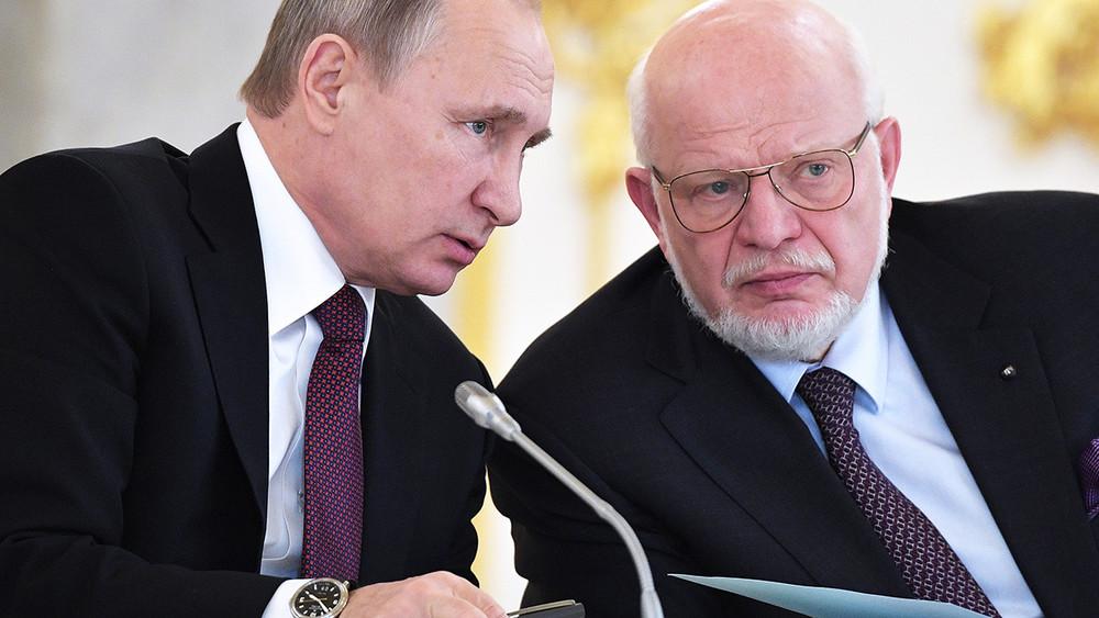 Прощение митингующих. Согласитсяли Путин наамнистию поадминистративным делам