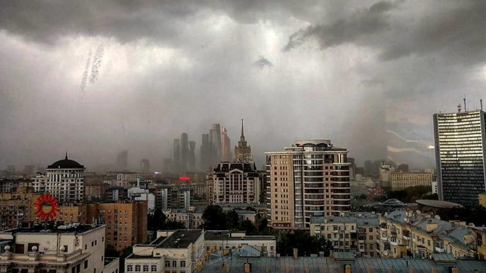 Ураган вМоскве. Жертвы иразрушения
