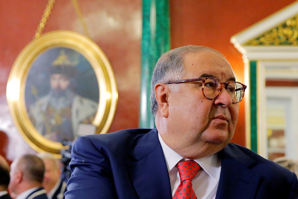 Суд удовлетворил иск Усманова кНавальному