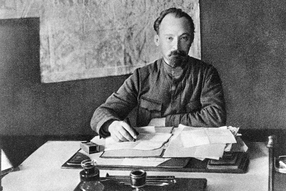 «Единая Россия» установит памятник Дзержинскому