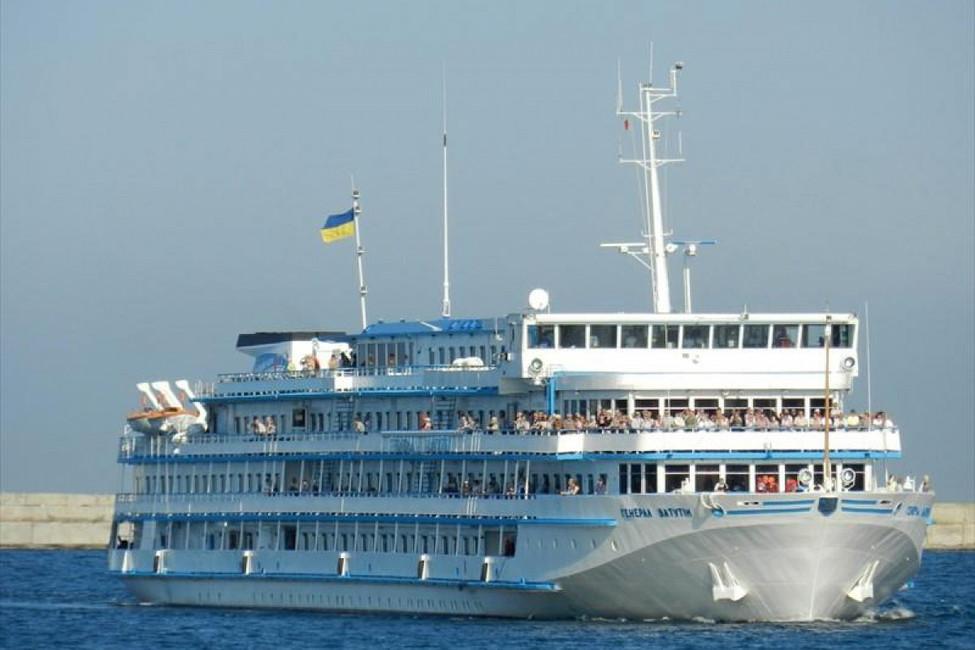 Новый поход «Генерала Ватутина». Куда насамом деле плыл круизный лайнер