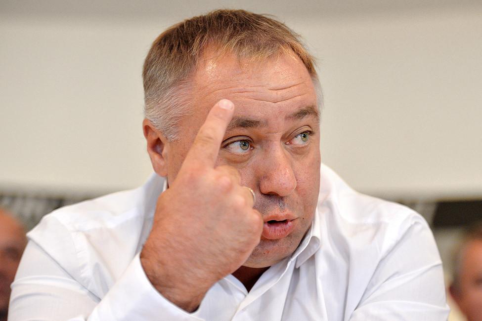 Андрей Бажутин: «Мывидим все проблемы изнутри, нам легко разговаривать слюдьми»