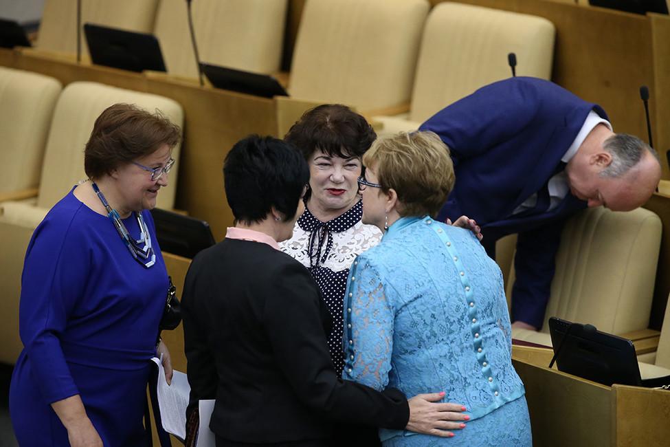 Госдума приняла законопроект озасекречивании данных обимуществе чиновников