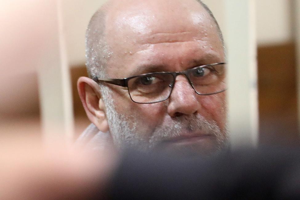 Суд арестовал экс-директора «Гоголь-центра»