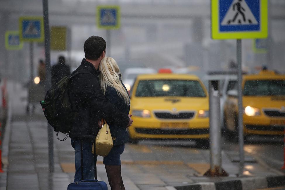 ВГосдуму внесли законопроект, запрещающий агрегаторам такси сотрудничать сводителями без лицензии