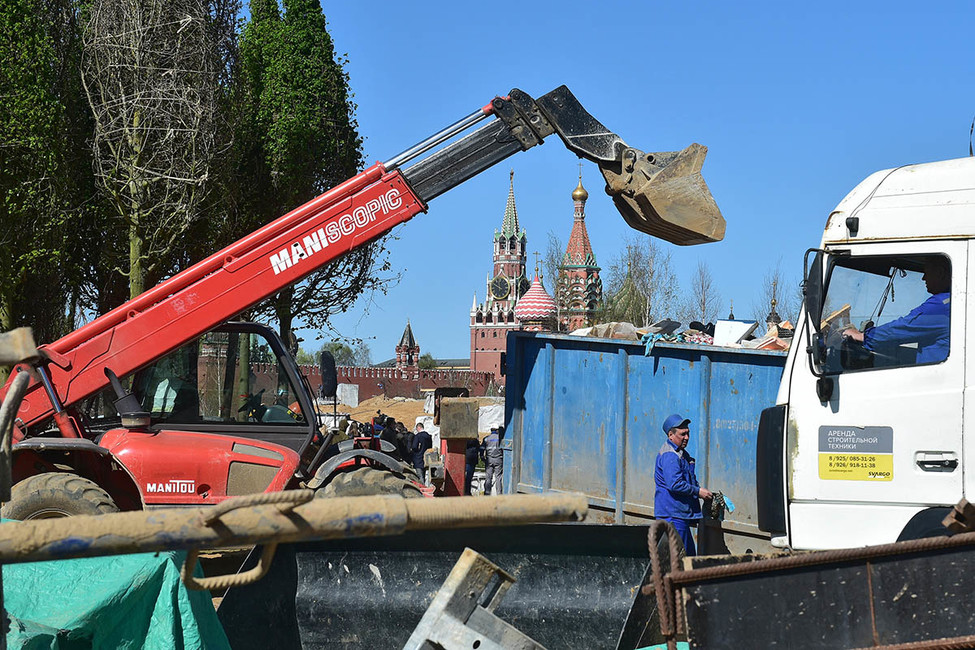 136 метров мусора над Кремлем. Из-за «реновации» вМоскве иПодмосковье будет на20% больше отходов