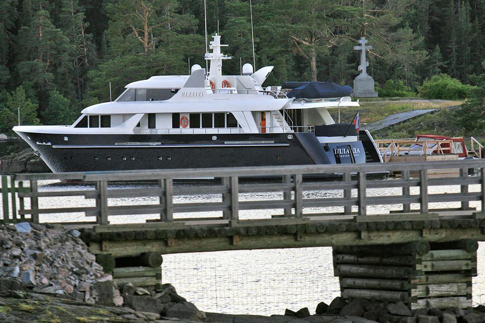 ВВалаамском монастыре рассказали, кто подарил иммногомиллионную яхту «Паллада»