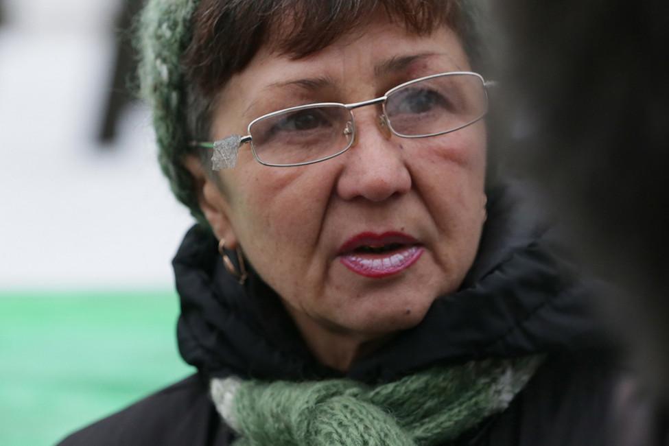 Мать шахтера-инвалида вчетвертый раз задержали заодиночный пикет наМанежной площади