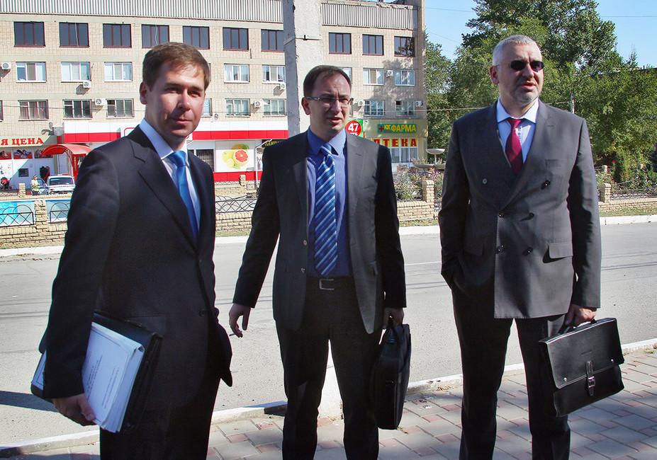 Илья Новиков, Николай Полозов иМарк Фейгин. Фото: Василий Дерюгин/ Коммерсантъ