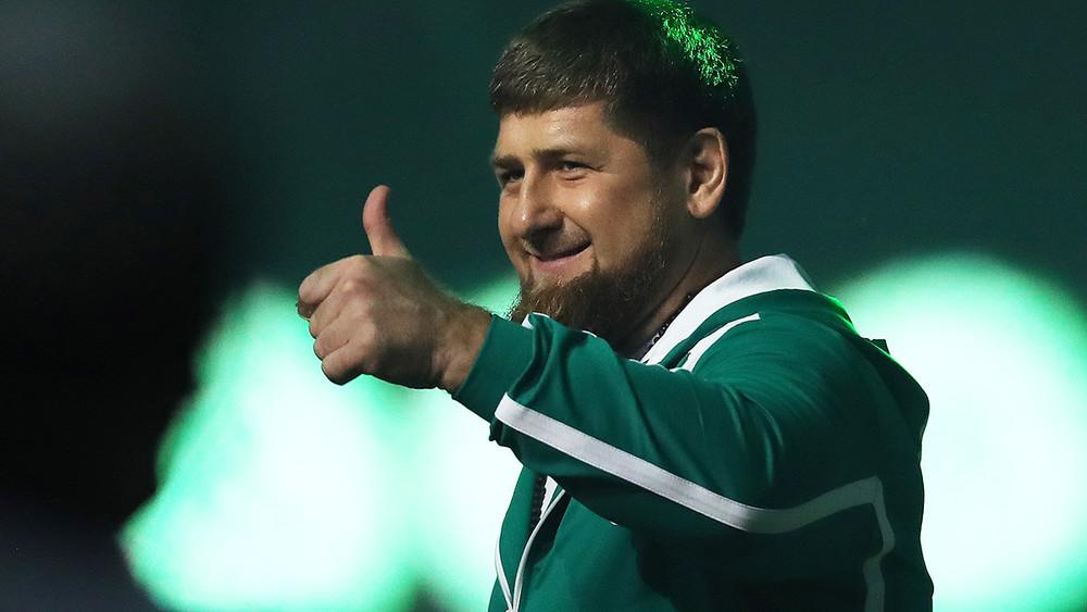 Песков прокомментировал заявление Кадырова о готовности «поставить раком» весь мир
