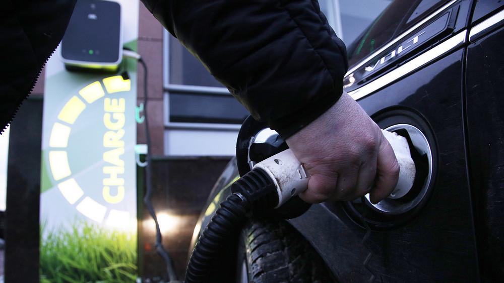 «По ночному тарифу зарядить аккумулятор стоит около 150 рублей»