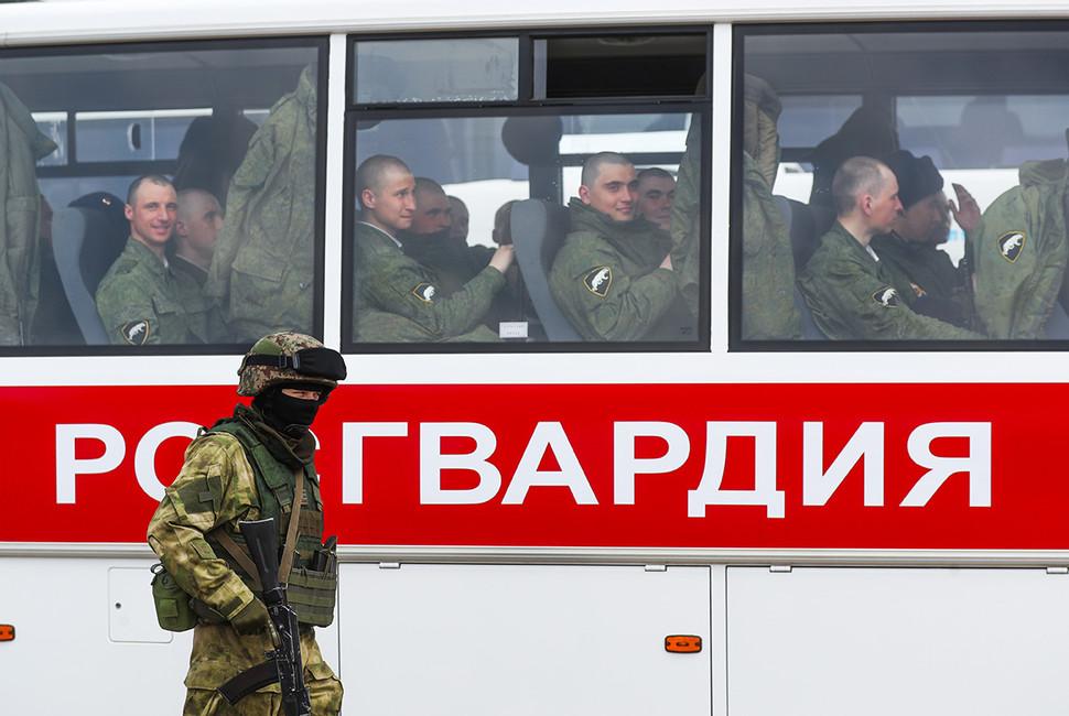 Военнослужащие Росгвардии. Фото: Валерий Шарифулин/ ТАСС