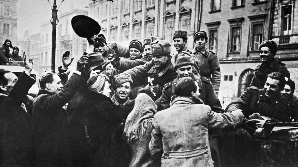 «Как под немцами побывали, так сразу подобрели»