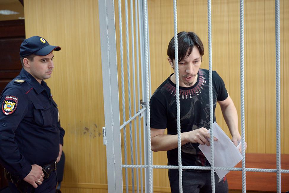 Фигуранта «дела 26марта» Станислава Зимовца приговорили к2,5 годам колонии