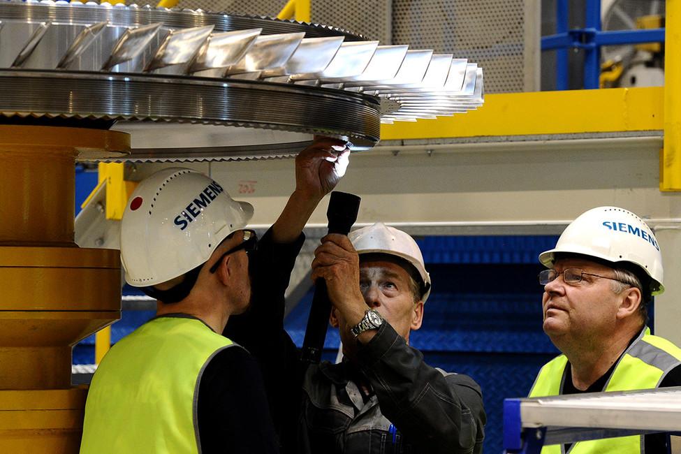 Запуск завода попроизводству иобслуживанию газовых турбин «Сименс технологии газовых турбин». Фото: Александр Рюмин/ ТАСС