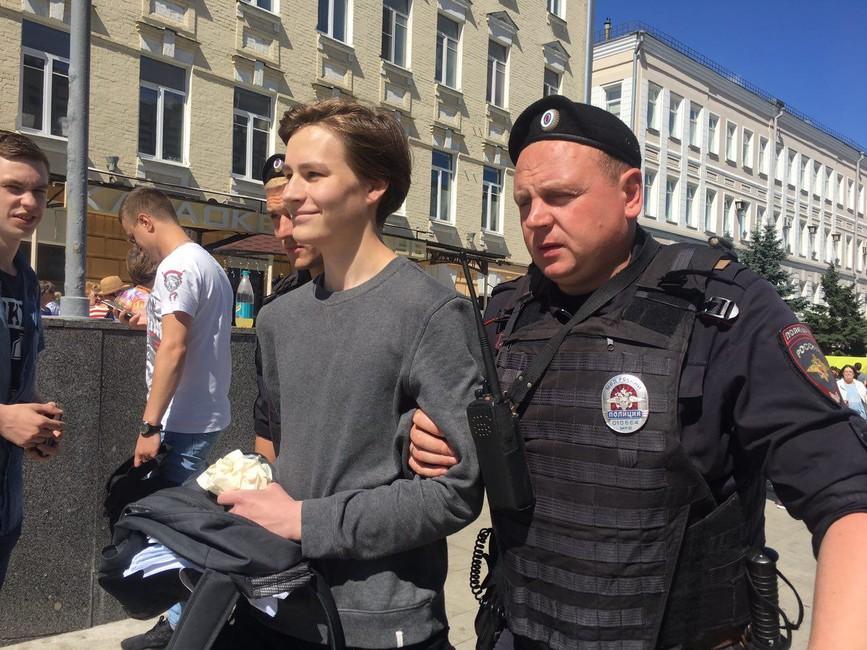 Задержание намарше засвободный интернет. Фото: Софья Трофимов/ Открытая Россия