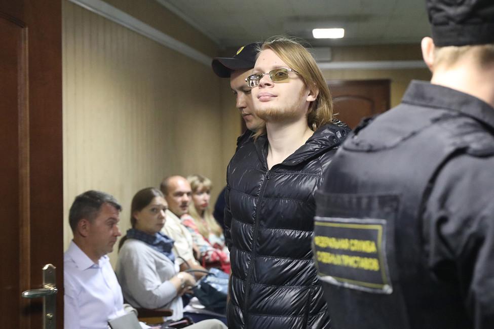 Математика Дмитрия Богатова перевели под домашний арест