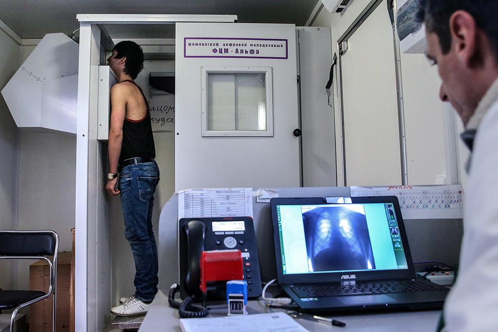 Кабинет флюорографии натерритории ММЦ. Фото: Валерий Шарифулин/ ТАСС