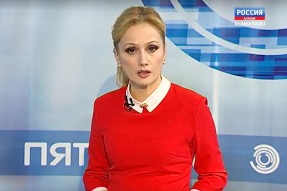 Сабанов Уланова вовремя ееавторской программы «Пятница». Кадр извидео