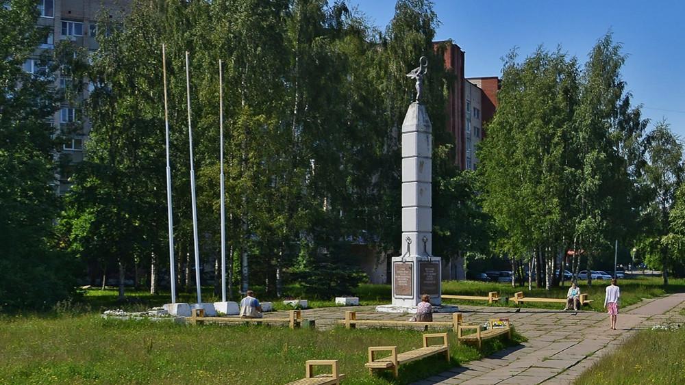 Монумент Славы вСосновом Бору могут перенести из-за памятника Петру иФевронии