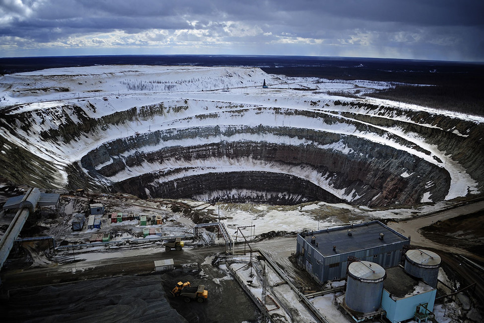Более 100 шахтеров заблокированы наякутском руднике «Алросы», где произошла авария