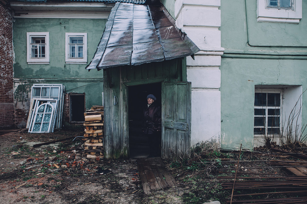 Одна изжительниц села Выша, чей дом переходит всобственность РПЦ. Фото: Открытая Россия