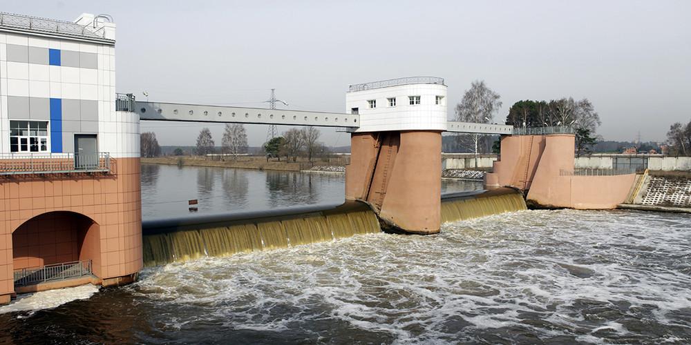 Вмосковские источники водоснабжения могут сбросить канализационные отходы