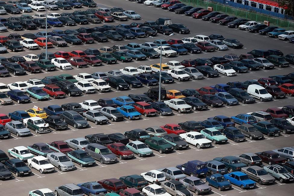 ВНовосибирске компания единоросса отправляет машины наштрафстоянку в10раз чаще, чем вдругих регионах