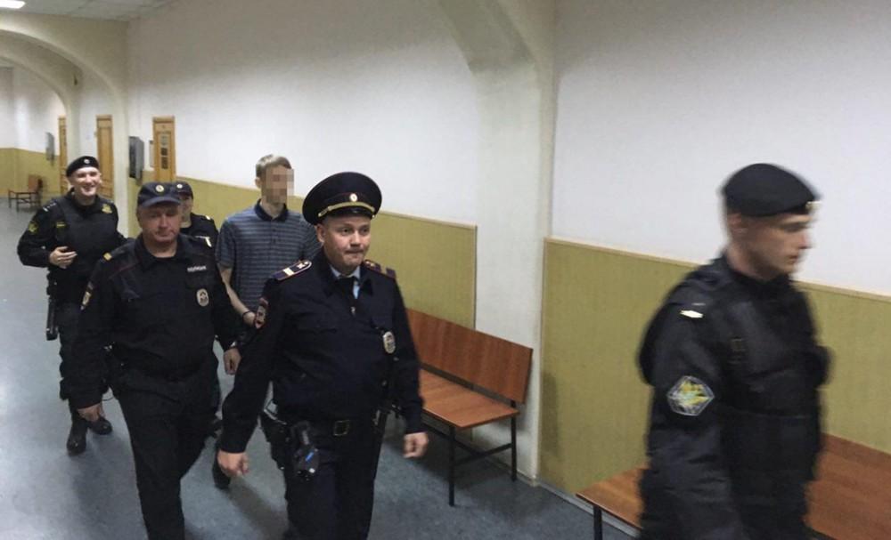 Несовершеннолетнему фигуранту «дела 12июня» Галяшкину предъявили обвинение вокончательной редакции