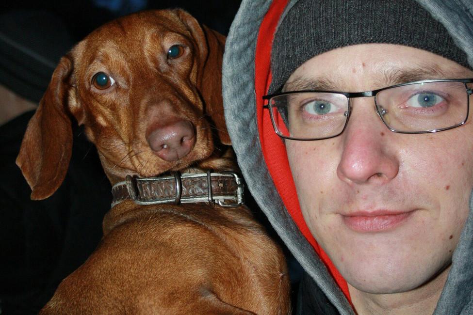«Можем накарьер увезти»: воВладимире наркополицейский избил случайного прохожего