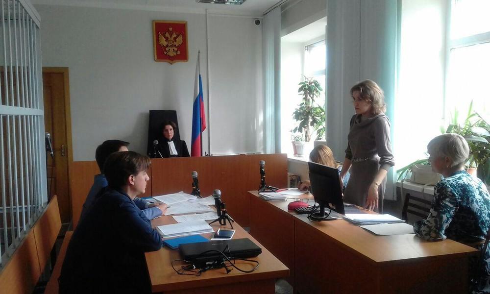 Дом Шредингера. ВАрхангельске судили активиста, прикрутившего табличку кдому «под снос»