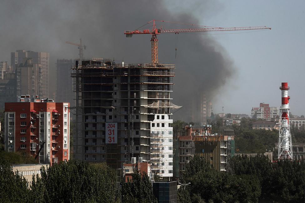 Ростов-на-Дону горит. Местные жители убеждены, что поджог связан сЧМ пофутболу