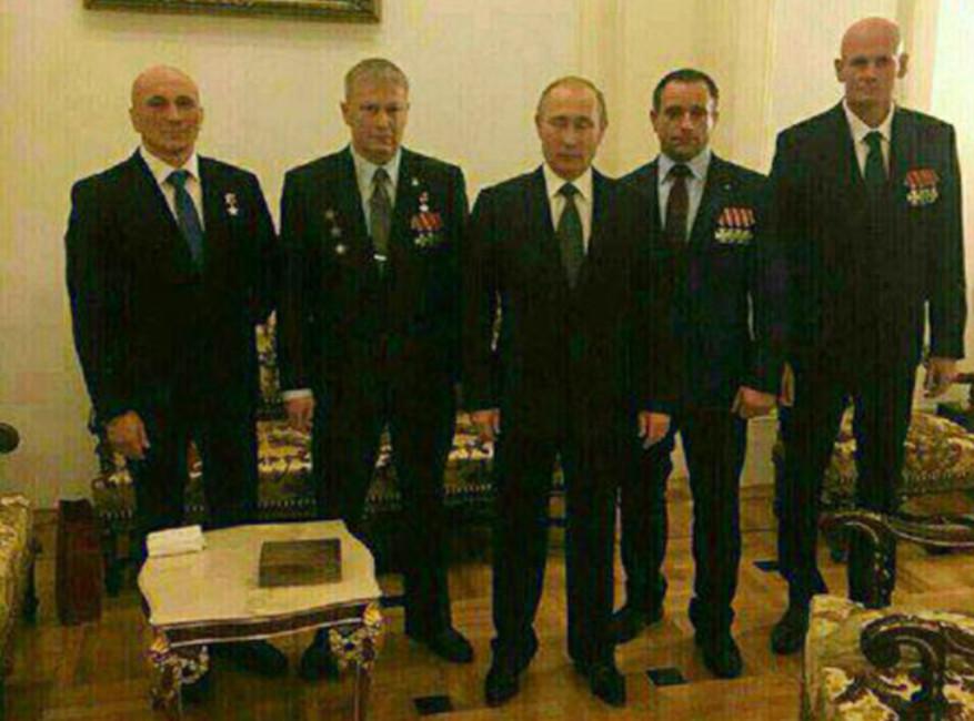 Владимир Путин ипредполагаемое руководство ЧВК «Вагнер». Фото: fontanka.ru