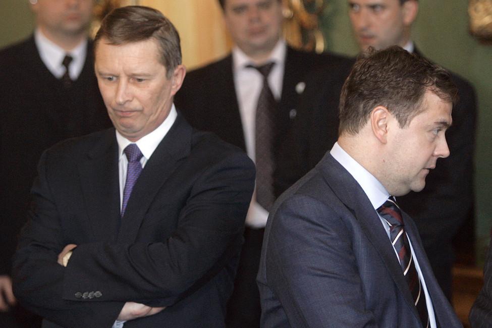 «Чувство локтя»: как Путин впредыдущий раз выбирал своего преемника