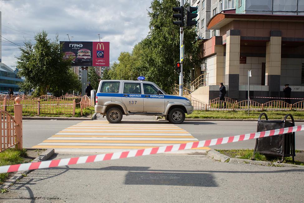 Установлена личность напавшего сножом напрохожих вроссийском Сургуте