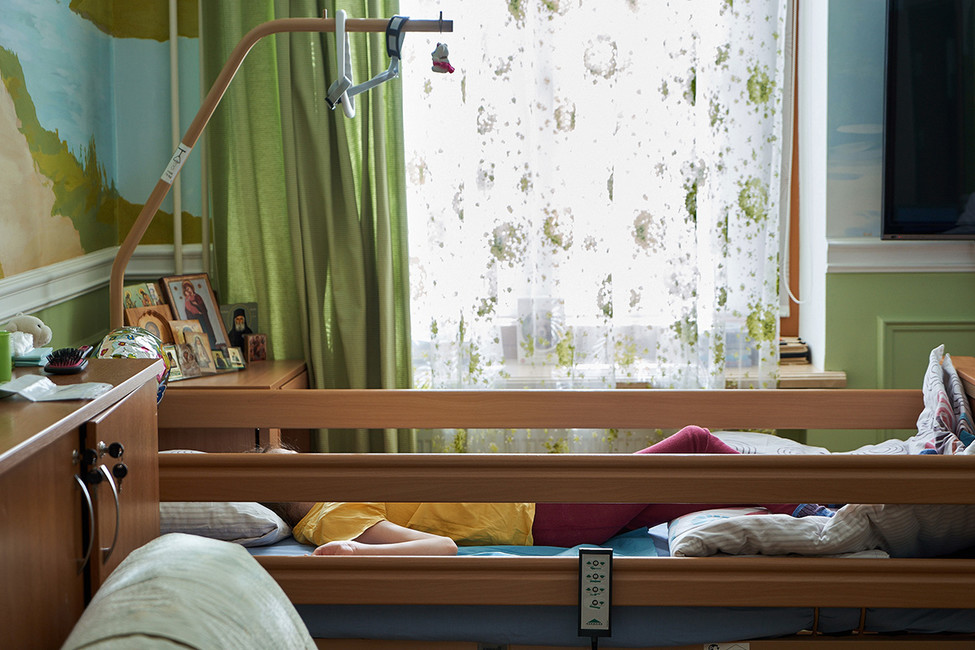 Суд обязал мэрию Сочи предоставить жилье только ребенку-инвалиду. Родители жить сним несмогут