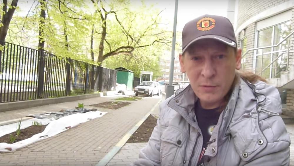 Активист, которому сломали нос наместе убийства Бориса Немцова, умер вбольнице