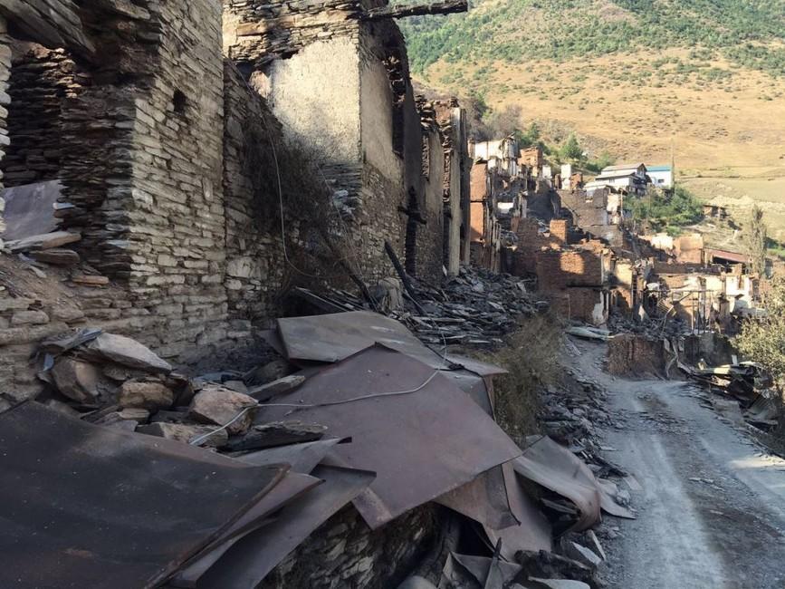 «Шестеро умерли, пока ждали жилья»: жители сгоревшего вДагестане села готовятся кголодовке