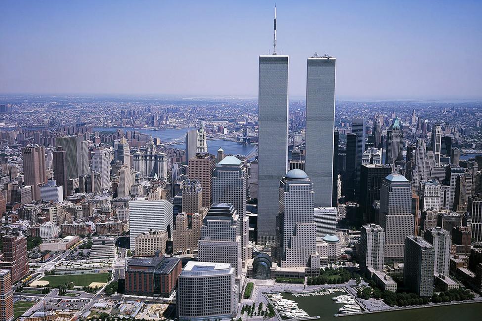 Башни-близнецы Всемирного торгового центра. Фото: Wikimedia Commons