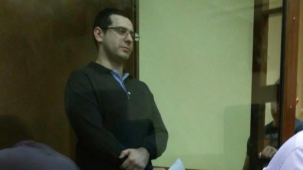 Спецкор «Медузы» обвинил полицию вфабрикации дела постатье 228.1 против его брата
