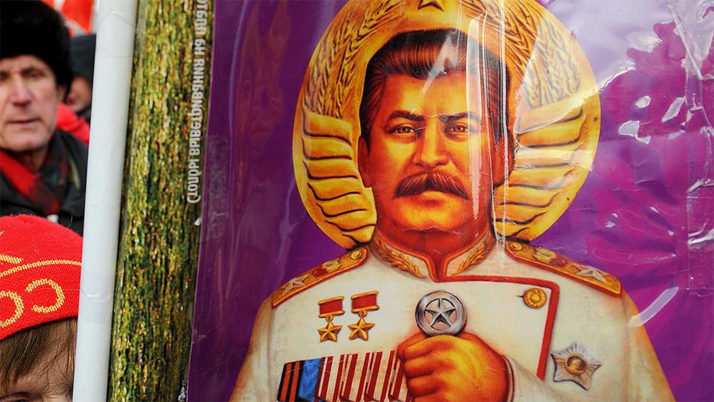Читатели Forbes назвали Путина, Сталина иГагарина самыми влиятельными русскими последнего столетия