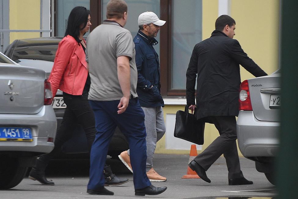 Джабраилов назвал стрельбу впотолок «бунтарским протестом» и«правильным» ответом на«провокацию» сотрудников отеля Four Seasons