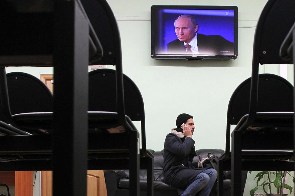 Путин иего «консервы»: президент проводит встречи счиновниками, апубликации овстречах появляются недели спустя