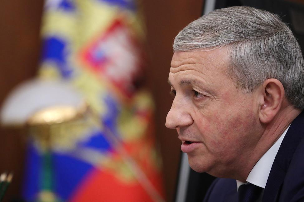 Война коммунистов, травля ЛДПР, крепкие парни сурнами: как прошли выборы вСеверной Осетии